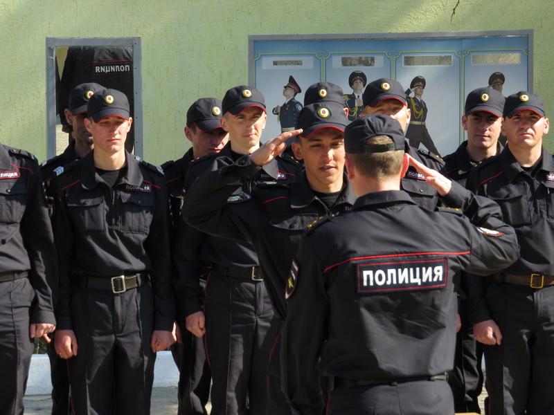 http://crimea-eparhia.ru/images/2014/evpatoria/05-2014/06/01/04.jpg