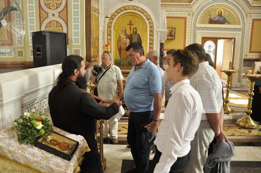 Делегация фонда святого апостола Андрея Первозванного посетила Херсонес и Свято-Владимирский собор.